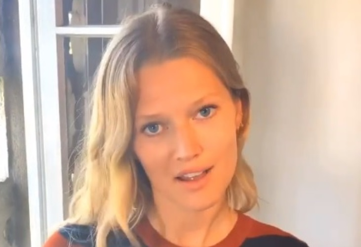 Toni Garrn Calls Intermittent Fasting Very Healthy; Here's What Doctors Say