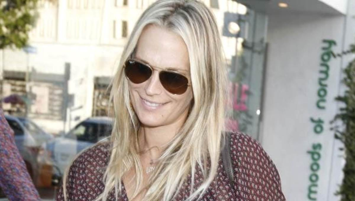 Molly Sims, Stunning at 47; How She 'Melted' Away Fat in 85 lb Weight Loss
